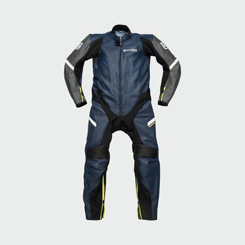 pho_hs_pers_vs_56157_3hs20002110x_horizon_suit_front__sall__awsg__v1