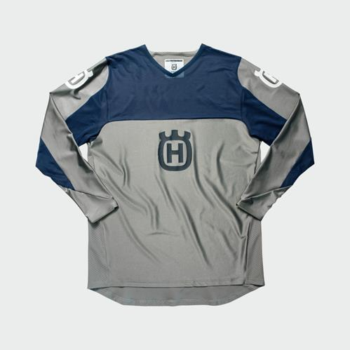 pho_hs_pers_vs_45408_3hs192340x_railed_shirt_grey_front__sall__awsg__v1