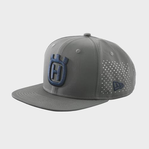 pho_hs_pers_vs_59875_3hs20001680x_logo_cap_front_pers__sall__awsg__v1